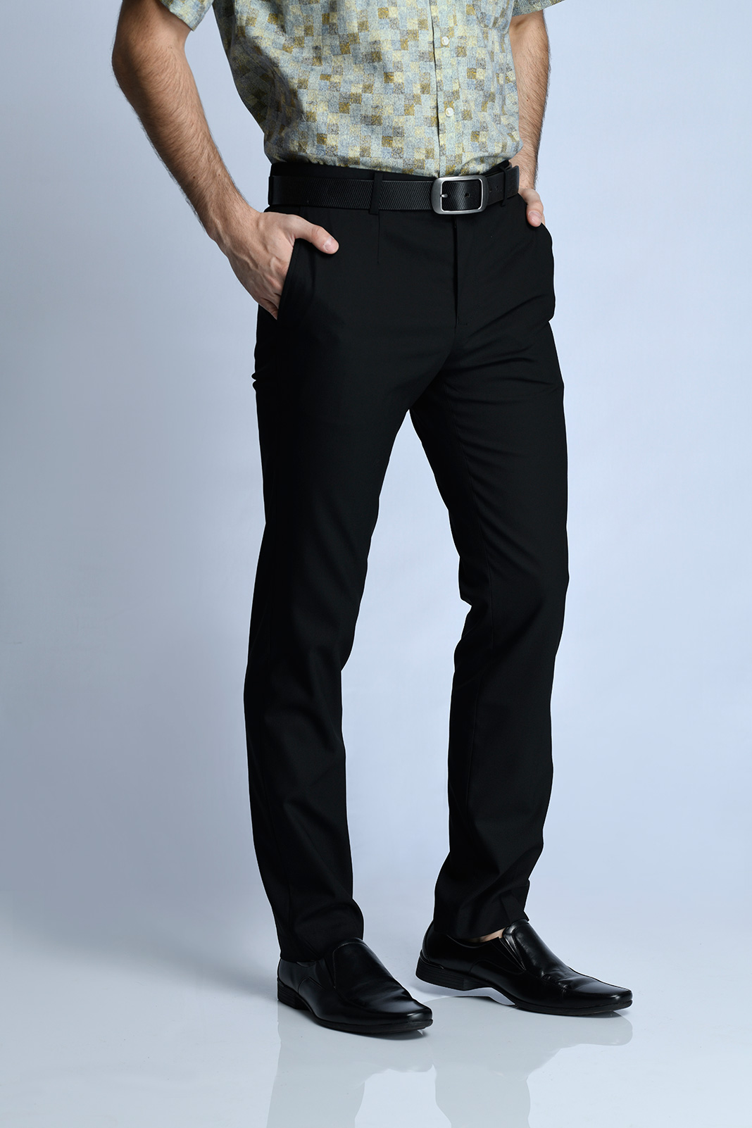 CELANA PANJANG FORMAL SLIM FIT (HITAM)